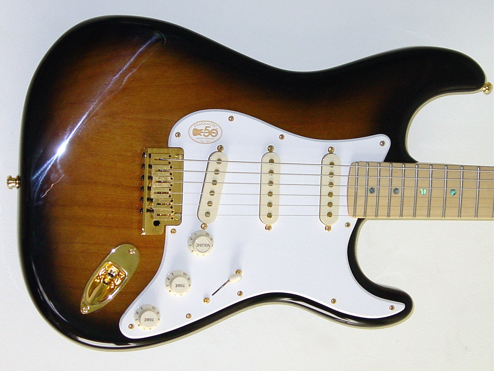 Additional Info Tele P90 Single Coil Wiring Diagram Strat Deluxe With Gold Kinman Pickups By Following This Link